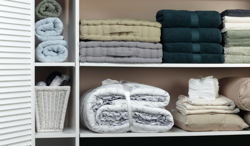 how to organize your closet shelves with baskets and containers