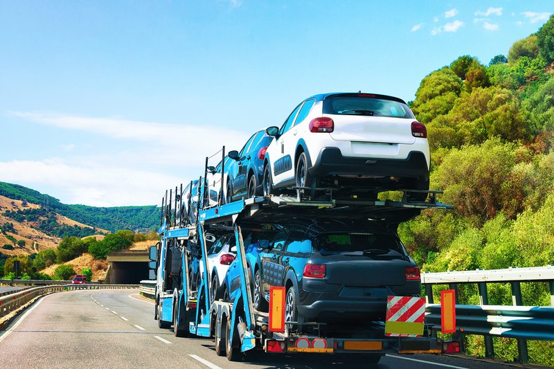 Car Transporter Shipping Cars Across Country
