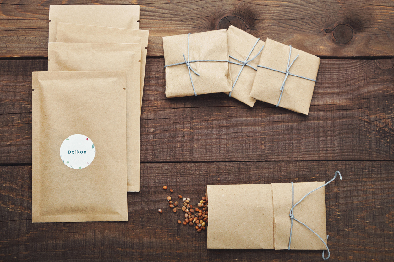 Seed storage in paper packets